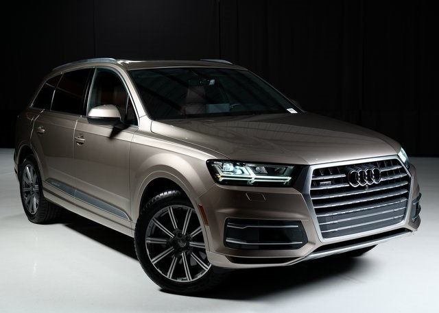 Certified Pre-Owned 2019 Audi Q7 55 Premium Plus