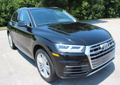 Certified Pre-Owned 2018 Audi Q5 2.0T